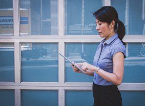 Business-Person-Blogging