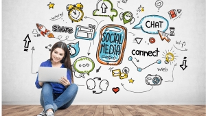 How-To-Find-Your-Dream-Job-Social-Media